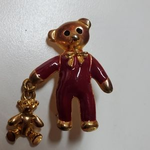 Jewelry - 🧸📍 Bear brooch pin
